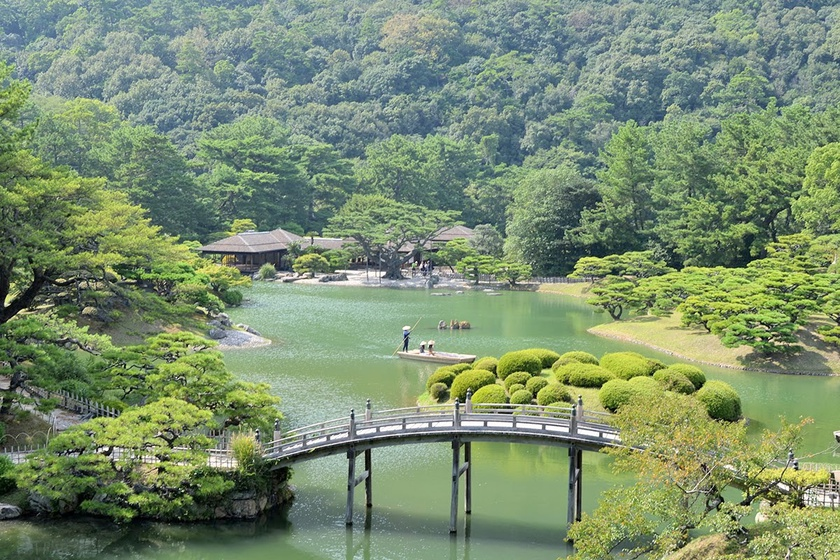 The Diverse Beauty of the Special Place of Scenic Beauty Ritsurin Garden