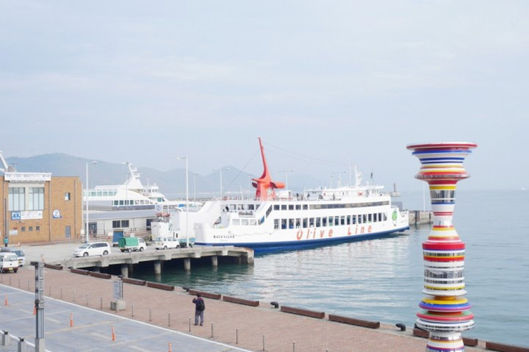 Going To The Setouchi Triennale? 5 Reasons To Stay In Takamatsu City